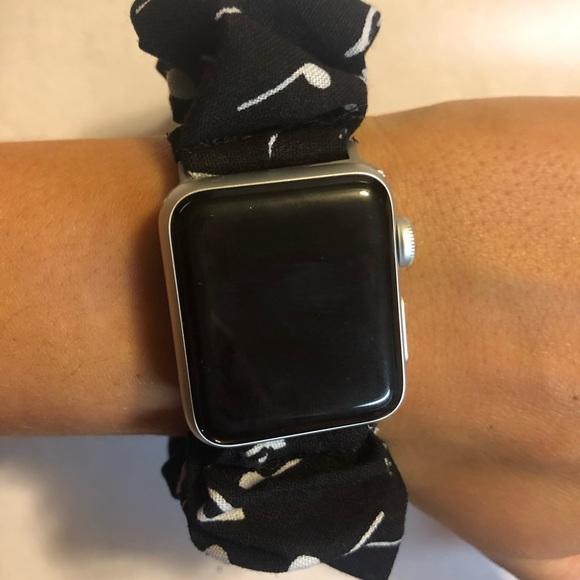 Accessories - Apple Watch Scrunchie Band